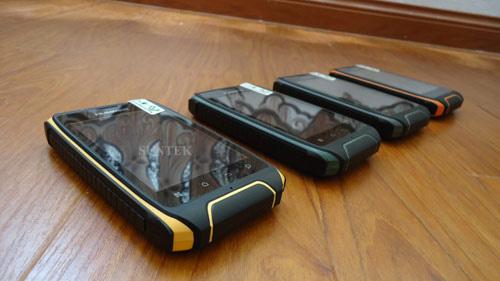 Trào lưu điện thoại độc chịu va đập, chịu nước - 2