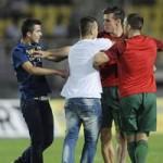 Bóng đá - Fan xứ Wales phát cuồng vì Bale