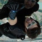 Phim - Video: Tom Cruise tay không leo nhà chọc trời