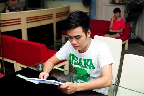 Hé lộ hợp đồng ca sĩ độc quyền của Quang Anh - 1