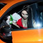 Ca nhạc - MTV - Thủy Tiên lái siêu xe 16 tỷ đi hát