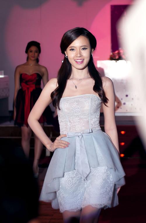 Mỹ Linh rất tự hào về Anna Trương - 7