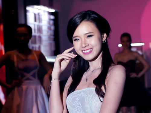 Mỹ Linh rất tự hào về Anna Trương - 9