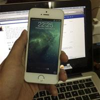 Đập hộp iPhone 5S tại Việt Nam giá khủng