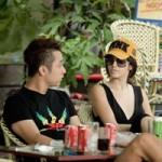 Andrea và Yanbi lạnh lùng ngồi bên nhau