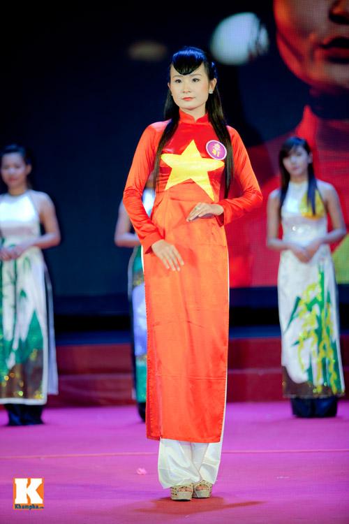 Hoa khôi sinh viên HN phô diễn tài năng - 8