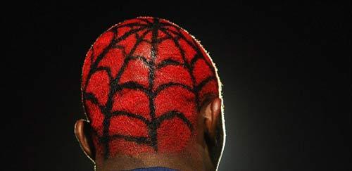 Benzema tái hiện kiểu tóc kỳ dị - 4