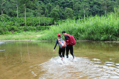 Sao Việt trải nghiệm cuộc sống nguyên thủy - 3