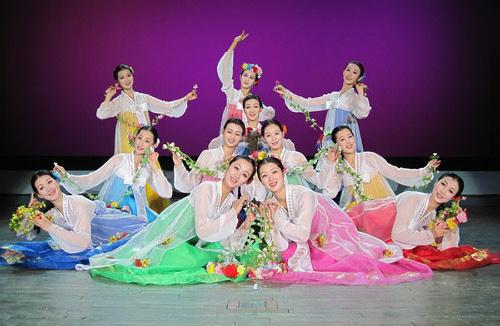 Tiết lộ ít biết về dàn nhạc mỹ nhân Triều Tiên - 1