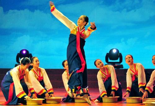 Tiết lộ ít biết về dàn nhạc mỹ nhân Triều Tiên - 9