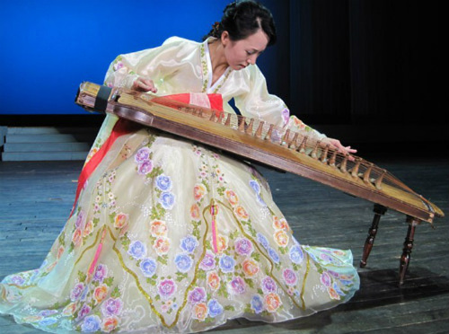 Tiết lộ ít biết về dàn nhạc mỹ nhân Triều Tiên - 15