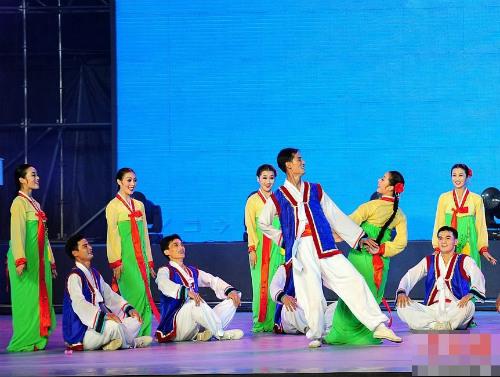 Tiết lộ ít biết về dàn nhạc mỹ nhân Triều Tiên - 19