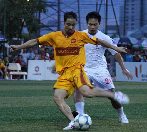 """Quốc Vượng """"đầu quân"""" cho FC Văn Minh - 1"""