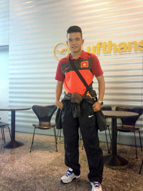 Cầu thủ U23 Việt Nam khoe ảnh đi Hungary - 6
