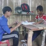 """Giáo dục - du học - Dựng lều giữa đồng """"nuôi""""... chữ"""