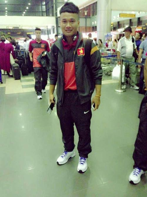 Cầu thủ U23 Việt Nam khoe ảnh đi Hungary - 10