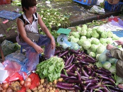 Giá thực phẩm tăng chóng mặt - 1