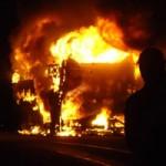 Tin tức trong ngày - Xe khách bốc cháy, 30 hành khách gặp nạn