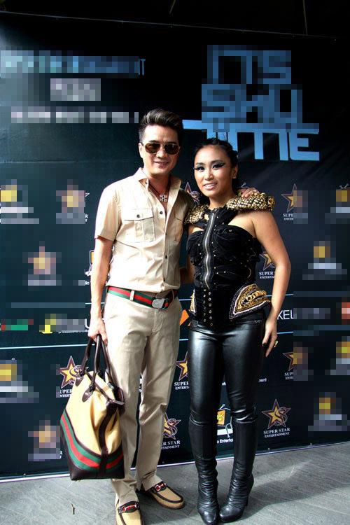 Ca sĩ Việt và trào lưu mặc quần bó sát - 14