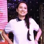 Ca nhạc - MTV - Mai Phương Thúy giản dị làm từ thiện
