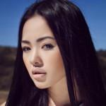 Thời trang - Mê đắm với mỹ nhân Việt giống hệt Thư Kỳ