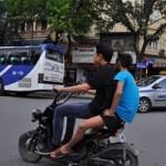 Tin tức trong ngày - CSGT hóa trang, quay phim xe đạp điện vi phạm