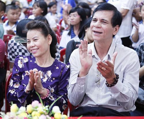 """Hà Hồ lần đầu """"khoe"""" bố mẹ - 2"""