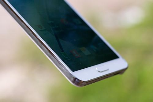 "Trên tay ""bom tấn"" Samsung Galaxy Note 3 - 8"