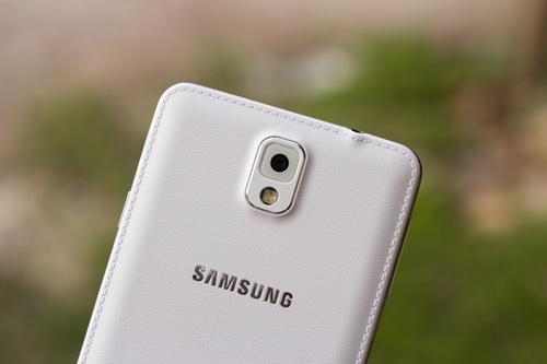 "Trên tay ""bom tấn"" Samsung Galaxy Note 3 - 4"