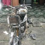 Tin tức trong ngày - Cháy nhà lúc rạng sáng, 2 chị em chết ngạt