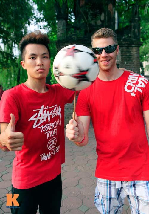 Gặp nhà vô địch tâng bóng nghệ thuật châu Á - 11