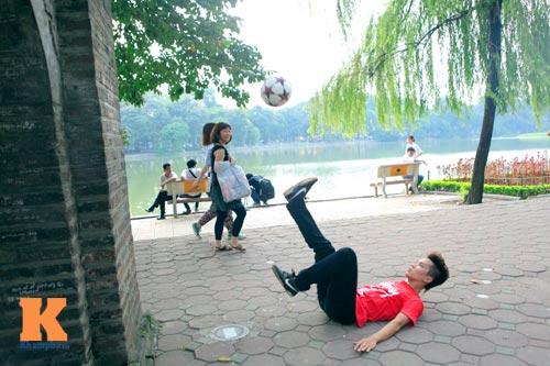 Gặp nhà vô địch tâng bóng nghệ thuật châu Á - 2