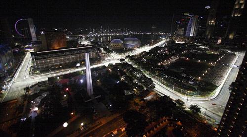 F1 Singapore GP: Cuộc chiến dưới ánh đèn - 1