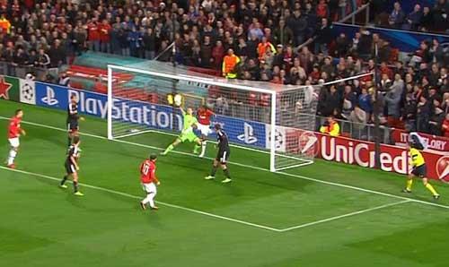 Tranh cãi quanh bàn thứ 199 của Rooney - 1