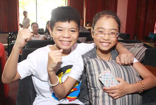 Quang Anh, Mỹ Chi bận rộn chạy show - 1