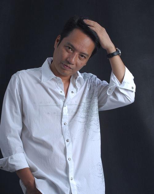 Chồng Mỹ Linh làm giám khảo VN Idol - 4