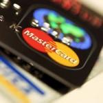 """Tài chính - Bất động sản - NH cho vay lãi """"cắt cổ"""" qua thẻ tín dụng"""