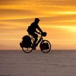 Du lịch - Vòng quanh thế giới trên chiếc xe đạp