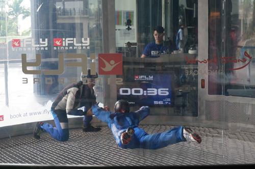 Sao Việt chinh phục thử thách tại Singapore - 17