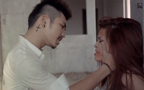MV mới Hoàng Thùy Linh gây tranh cãi - 3