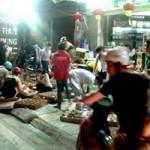 Tin tức trong ngày - Chen chân mua bánh Trung thu đại hạ giá