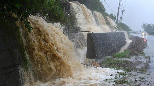 Siêu bão Usagi tàn phá Philippines, Đài Loan - 1
