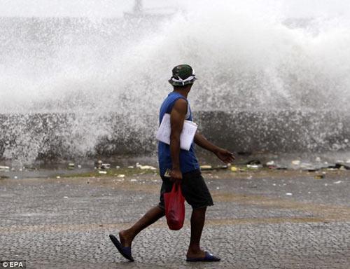 Siêu bão Usagi tàn phá Philippines, Đài Loan - 10