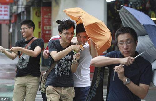 Siêu bão Usagi tàn phá Philippines, Đài Loan - 3