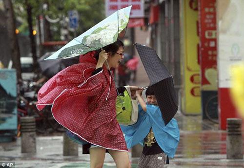 Siêu bão Usagi tàn phá Philippines, Đài Loan - 4