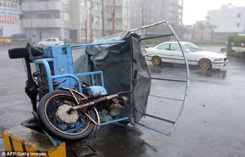 Siêu bão Usagi tàn phá Philippines, Đài Loan - 5