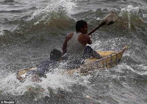 Siêu bão Usagi tàn phá Philippines, Đài Loan - 7