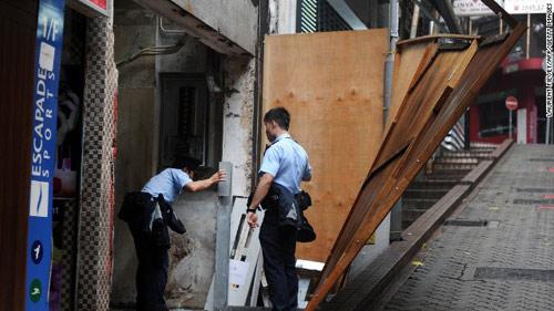 TQ: Siêu bão Usagi càn quét, 25 người chết - 6