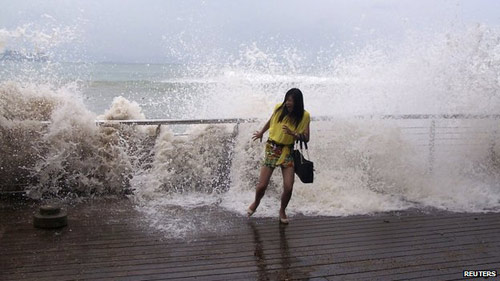 TQ: Siêu bão Usagi càn quét, 25 người chết - 4