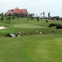 Vụ đánh NV sân golf: Gia đình nạn nhân lên tiếng
